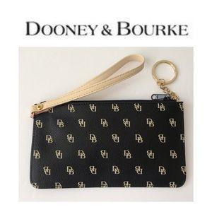 NWOT Dooney & Bourke DB Logo Wristlet